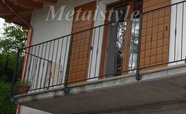 balaustra ringhiera parapetto balconi ferro battuto 01