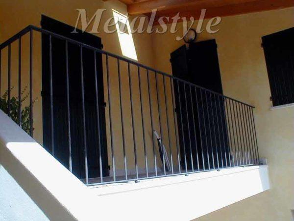 balaustrade railing parapet balcony wrought iron 07
