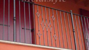 parapetto balaustra balconi ferro battuto 08