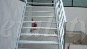 scale ferro corrimano parapetto industriale 10
