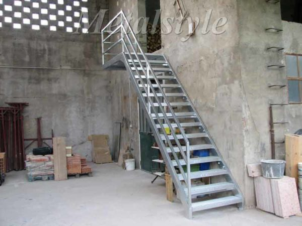 scale ferro inox zincata industriale 19