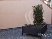 fioriere ferro 02 – arredo urbano protezioni lattoneria coperture